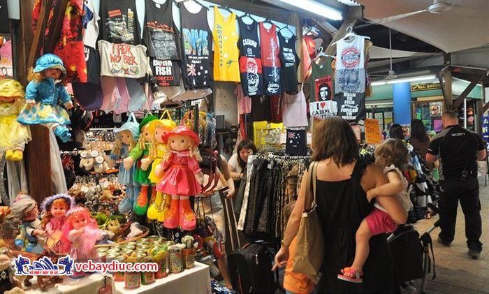 Chợ đêm Cairns