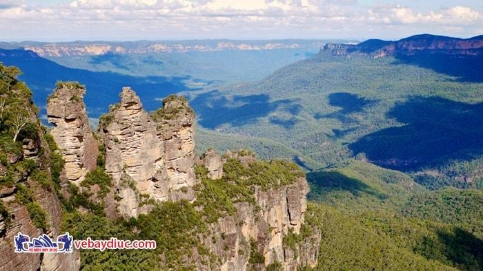Truyền thuyết về dãy núi Blue
